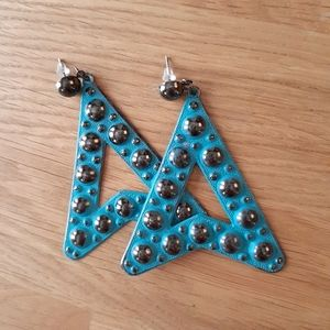 🎁$6 Add-On🎁 Rocker Triangle Teal Metal Earrings